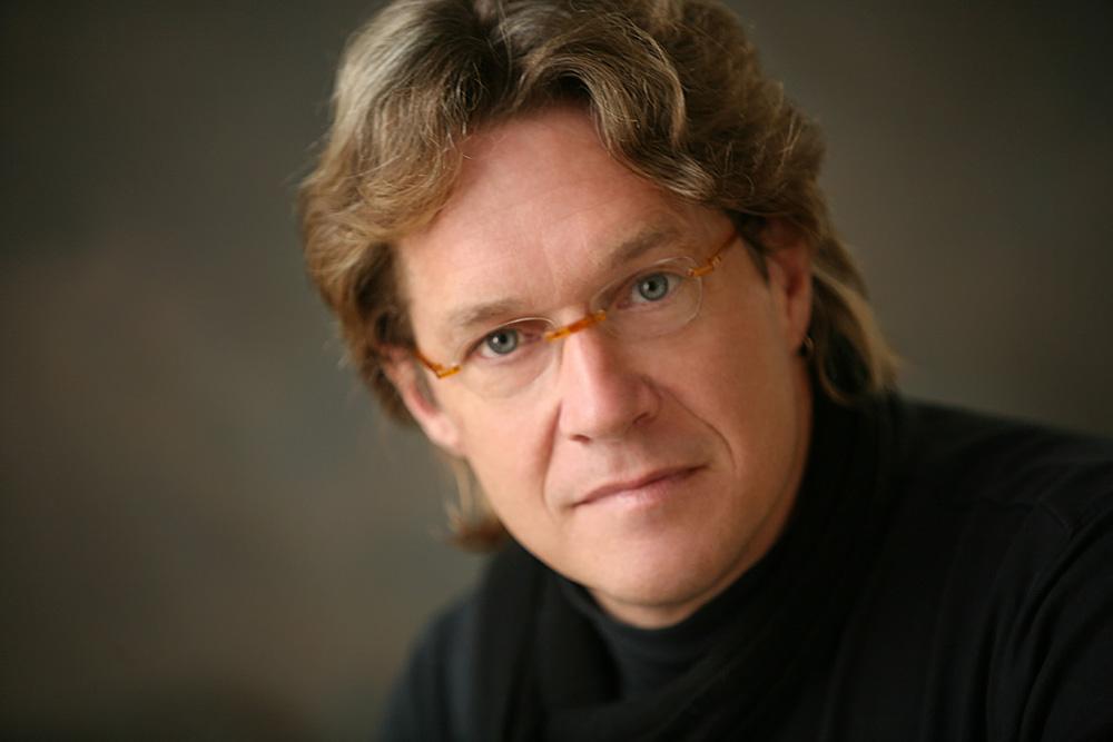 Portrait of Todd Kunstman