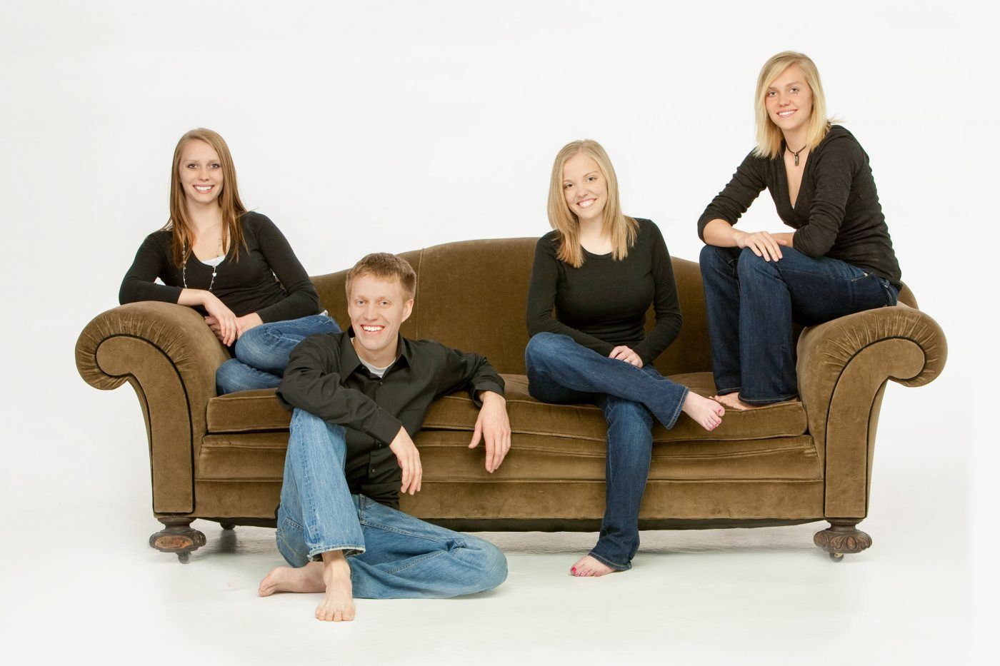 4 sibs on a couch